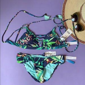 Lucky Brand Lush Leaf Reversible Bikini Set